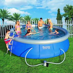 zahradní bazén